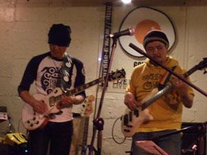 あくまBass,堀田篤Guitar