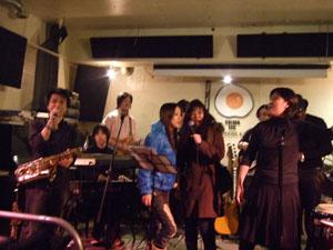 2009年02月14日にサポート予定の安田晴香ちゃん(Vo)も参戦