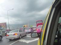 タイのスワンナプーム空港からタクシーに揺られて2