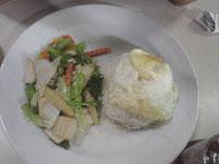 タイ3日目の朝食「パッ・パック・ルアム・ミット」