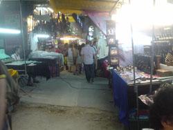 タイのパッポン通りの夜店